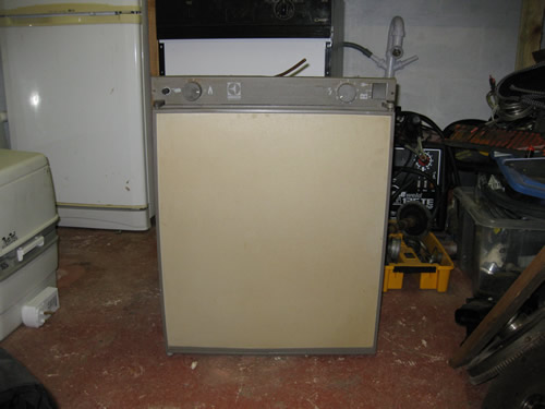 wiring diagram for a electrolux 3 way fridge pick up old caravan great installation of gas ignition on three equipment canal world rh canalworld net refrigerator french door