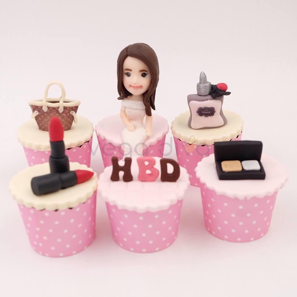ไอเดียเลือกเค้ก ให้ถูกใจเหมาะสำหรับเป็นของขวัญให้กับหญิงสาว