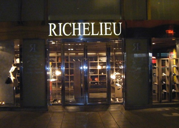Le Magasin Richelieu Chausseur Marseille VEGA STIAC