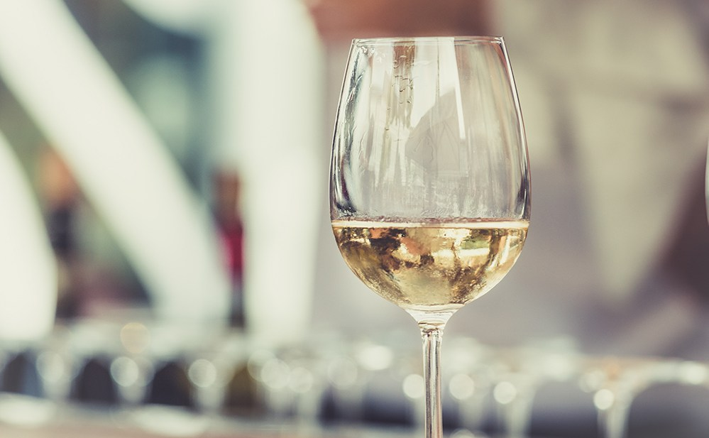 With so many vegan white wines in our Holiday Vegan Wine Guide to choose from you'll never get stuck picking out the perfect bottle ever again!