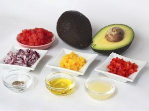 Ingredientes para hacer Aguacates Rellenos