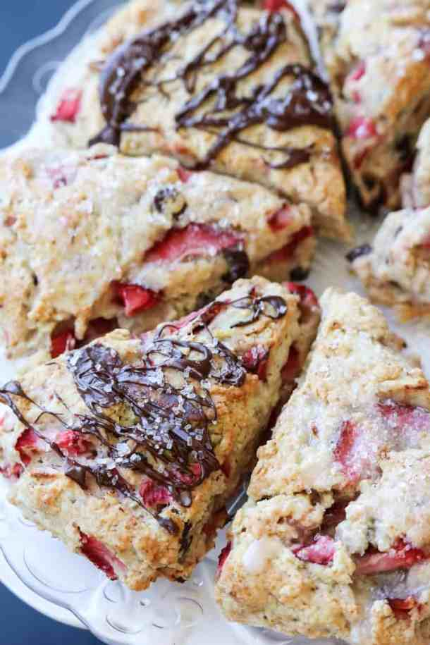 These Vegan Strawberry Chocolate Scones are the perfect combo of irresistible and easy. https://www.veganblueberry.com