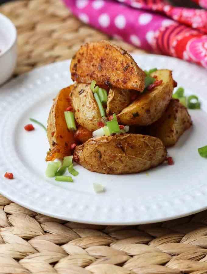 Bacon (Vegan) Baked Potato Wedges