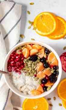 Vegan Winter Oatmeal - Vegan Blueberry