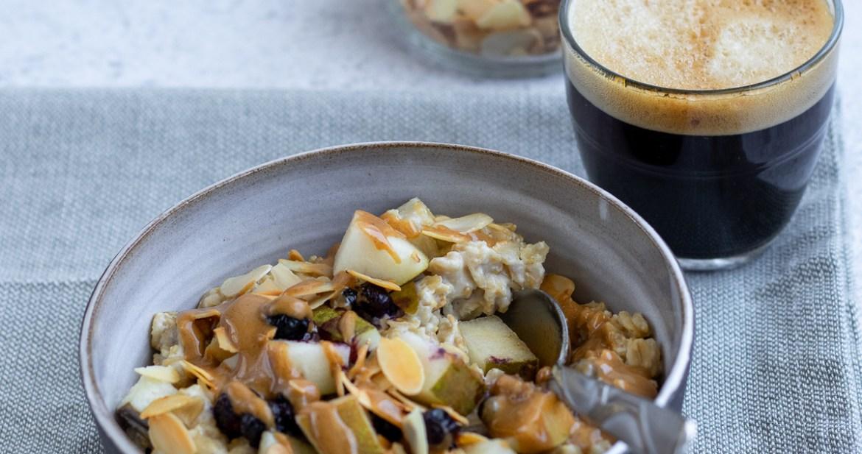 Le porridge d'avoine à l'amande