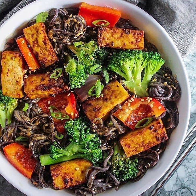 recipe  red thai curry noodles display image  8713a1c5