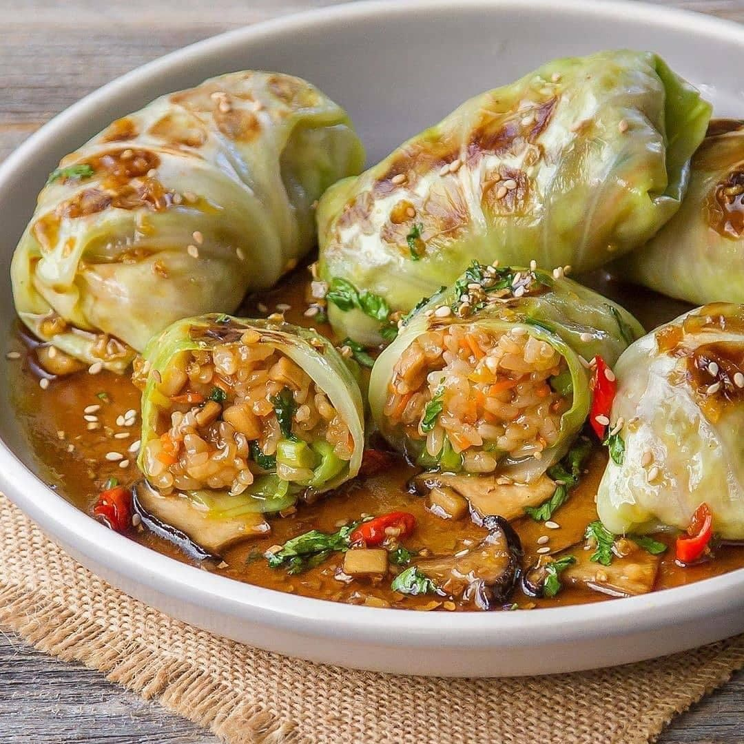 grilled cabbage wraps stuffed with glutinous rice & kal display image  67f17540
