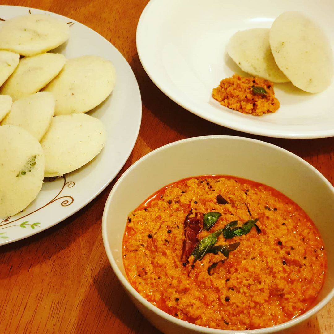 red chilli & coconut chutney with instant semo display image  9b9b722a