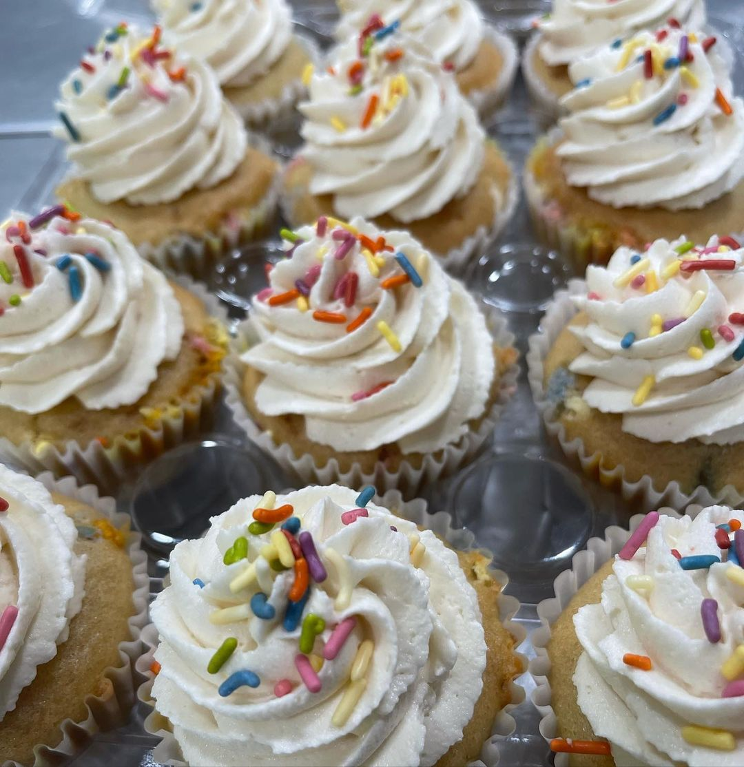yummy cupcakes for some awesome kids at vbx citylifetampa multip img 0 37d3c1e9