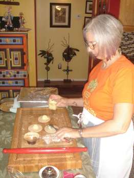 LV-scooping-potato-filling-onto-pirogi-dough