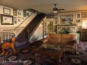 012 Lone Pine- hotel