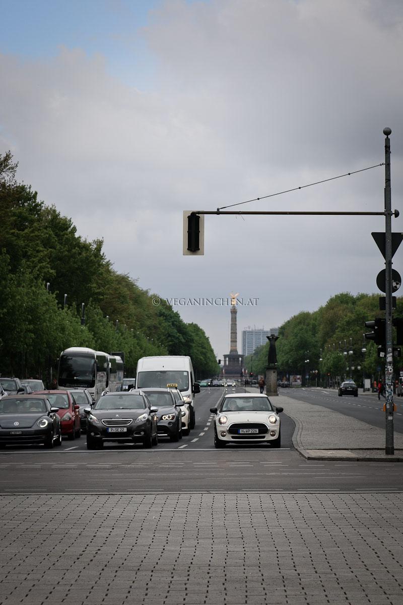 Berlin Strasse des 17. Juni veganinchen