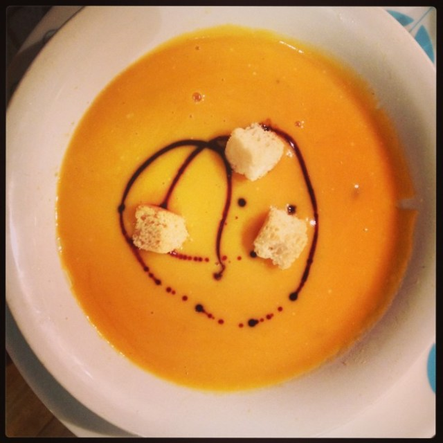 roasted-butternut-squash-soup-e1382395121151