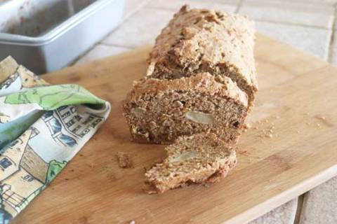 This is an oil-free banana bread, developed after I shared the vegan banana bread recipe from my cookbook and a viewer requested an oil-free version.