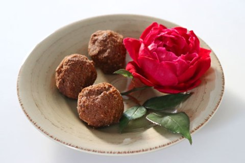 Raspberry maca vegan chocolate truffles