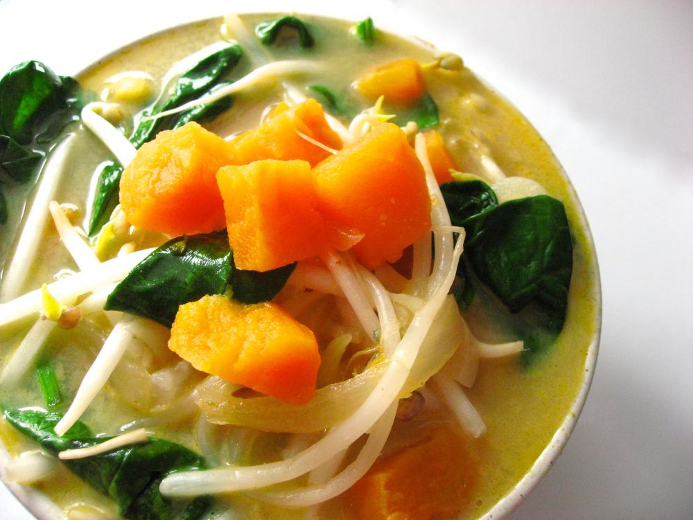 Sweet Potato & Spinach Thai Soup veganprogram
