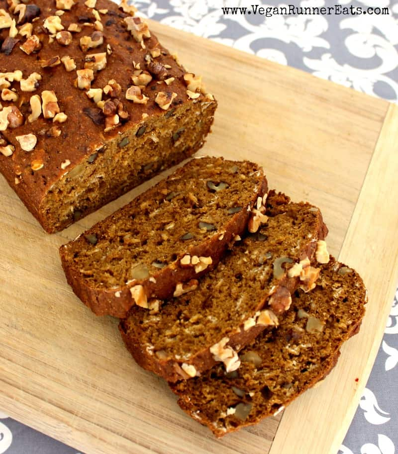 Vegan pumpkin-walnut bread recipe