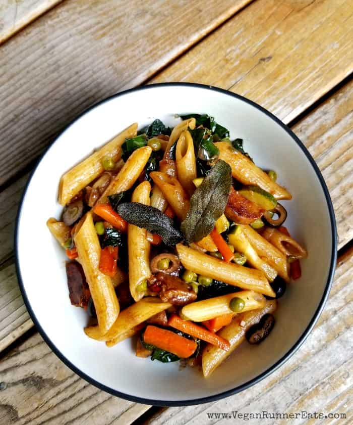 Easy vegetable-filled Balsamic Pasta recipe. Can be served cold as a delicious vegan pasta salad.