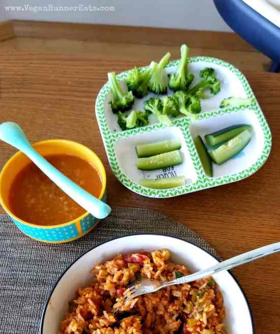 What vegan babies eat - ideas for baby led weaning-friendly plant-based baby foods