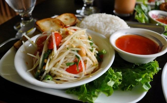 True Thai Food: Sripraphai