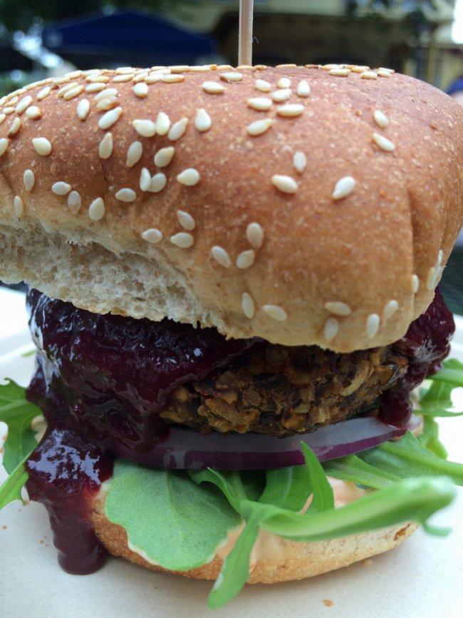 <b>V.V. Burger Showdown, Round 2!</b><br> Fogwood & Fig vs. No. 7 Veggie