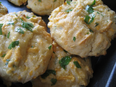 Vegan Red Lobster Cheese & Garlic Biscuits