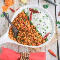 One Pot Chickpea Coconut Curry (V, GF)