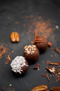 Bomboane cu caramel sarat | Veganzza.ro