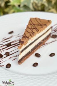 Prăjitura C4 - cafea, cardamom, ciocolata si caramel | Veganzza.ro