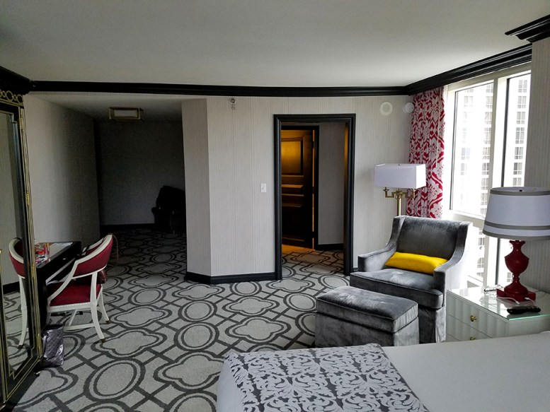 Review Paris New Burgundy Room End Of The Hall Version