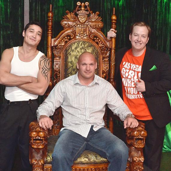 ABSINTHE Welcomes Chicago Bears Brian Urlacher and Ladies