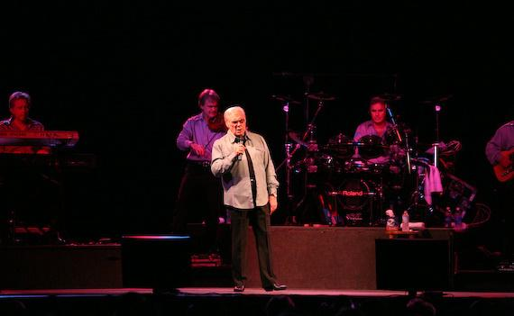 George Jones performs to a sold out house at the Silverton Hotel & Casino