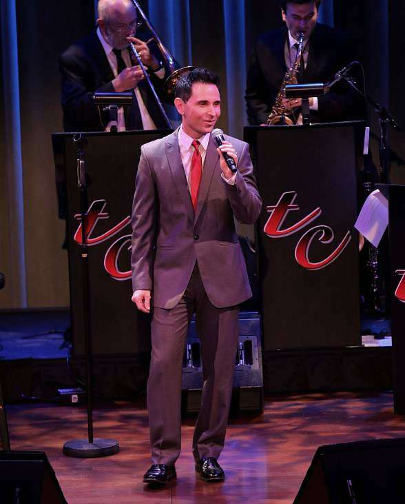 """Jersey Boys Star Travis Cloer Brings """"Christmas at My Place"""" to The Smith Center's Cabaret Jazz"""