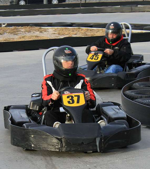 Mike Hammer racing at Gene Woods Racing Experience