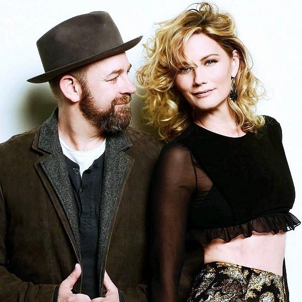 "Country Duo Sugarland to Bring ""Still The Same"" Tour to Mandalay Bay in Las Vegas"