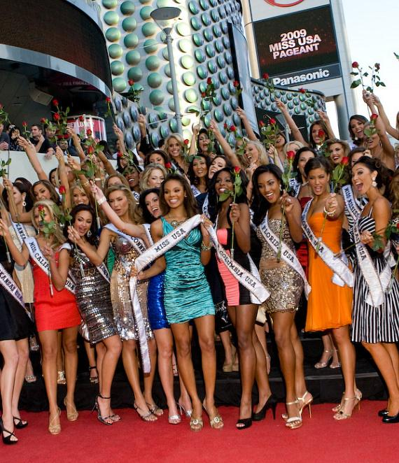 Crystle Stewart (Miss USA 2008) and the fifty-one 2009 Miss USA contestants at Planet Hollywood