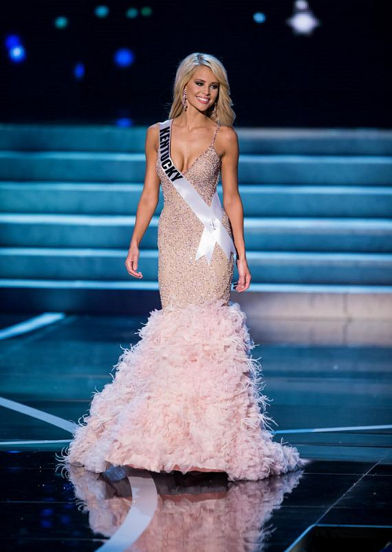 Miss Kentucky in Miss USA 2013 evening gown competition