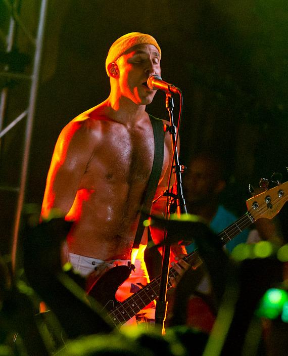 Pepper performs poolside at Hard Rock Beach Club