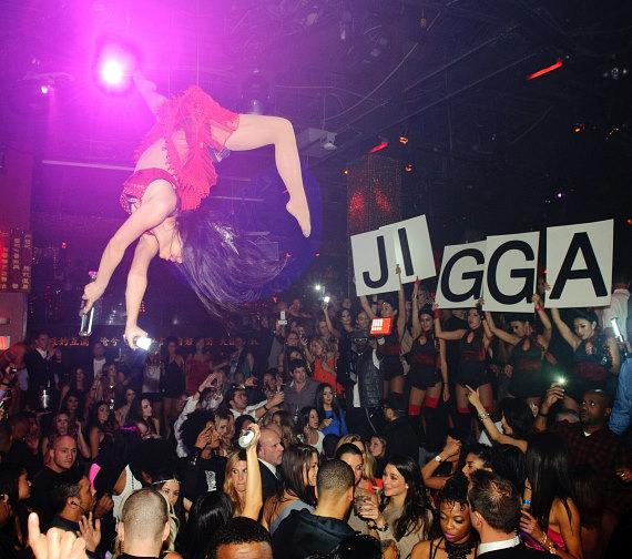 Jay-Z drinks champagne at TAO Las Vegas
