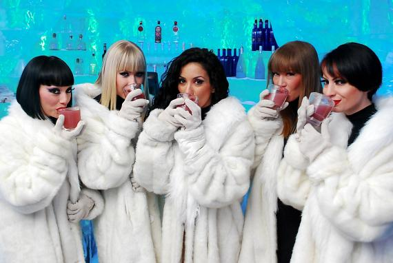 """The Crazy Horse Paris ladies taste the """"French Kiss"""" drink at Minus 5 Ice Bar"""
