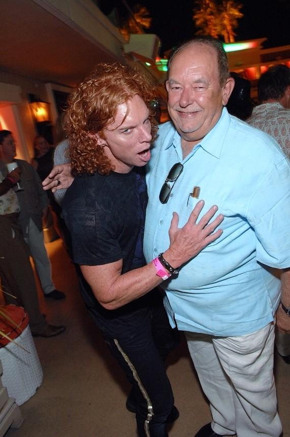 Carrot Top and Robin Leach