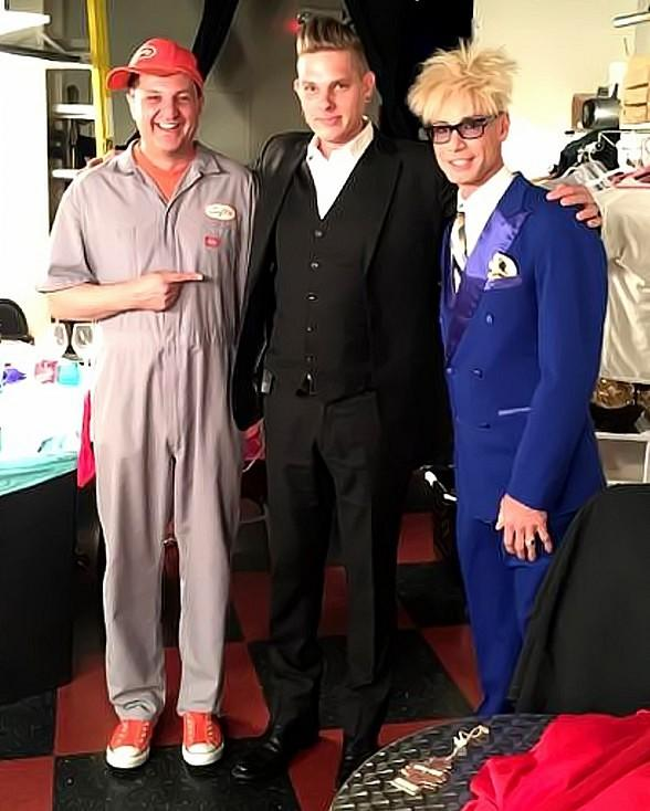 """Chris Funk from Wizard Wars Guest Stars in """"Murray 'Celebrity Magician'"""" at Planet Hollywood"""