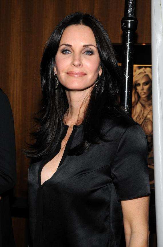 """Courteney Cox of """"Cougar Town"""" at Moon Nightclub"""