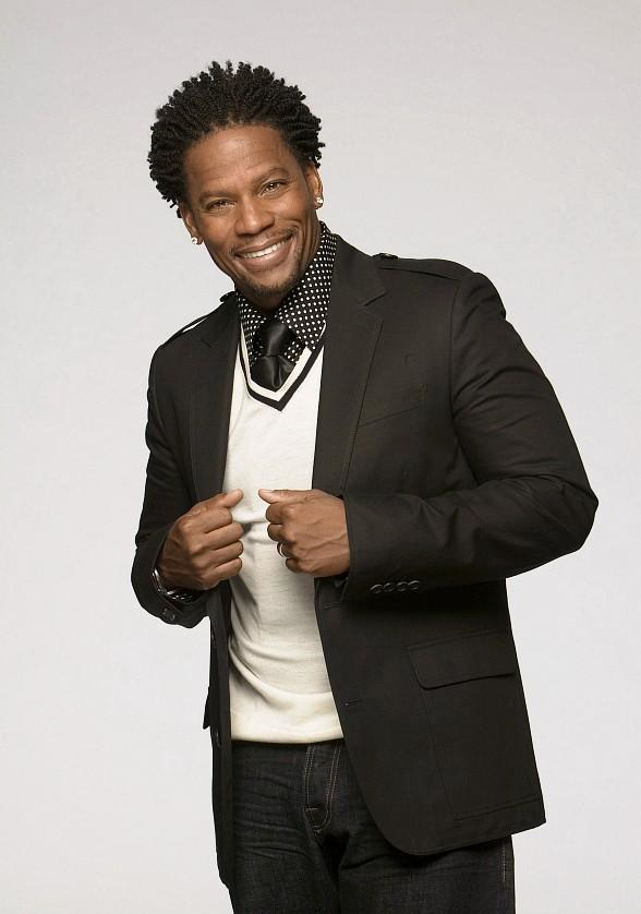 Comic D.L. Hughley Brings His Standup Routine to The Orleans Showroom April 4-5