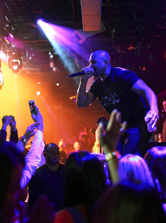 DMC performs at 1 OAK Tuesday for Rewind Tuesday