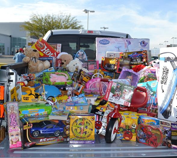 Gaudin Ford Hosts Holiday Car Show Benefitting Toys for Tots Dec. 12