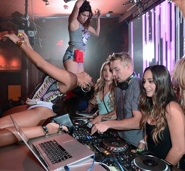 DJ Diplo and fans
