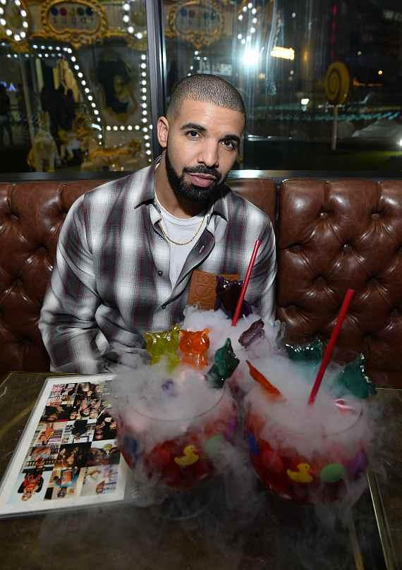 Drake tries new Night Owl Goblet made with Virginia Black Whiskey at Sugar Factory in Las Vegas