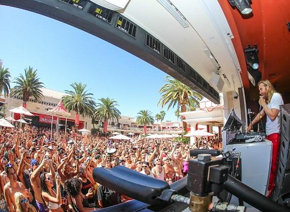 David Guetta behind the decks at Encore Beach Club