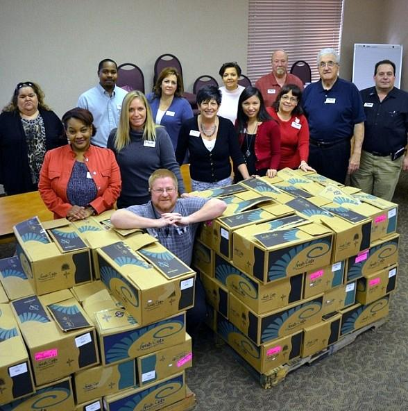 """Arizona Charlie's Casinos Gives Back to Vegas Community with Fourth Annual """"Feed a Family"""" Program"""